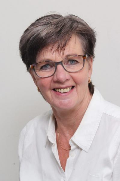 Wilma Bruinsma : Penningmeester